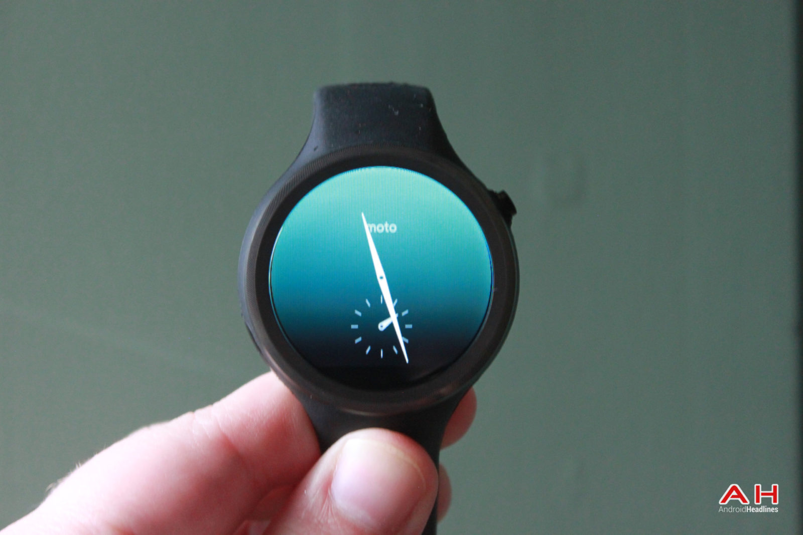 Motorola Launches Android Wear 2.0 For The Moto 360 Sport